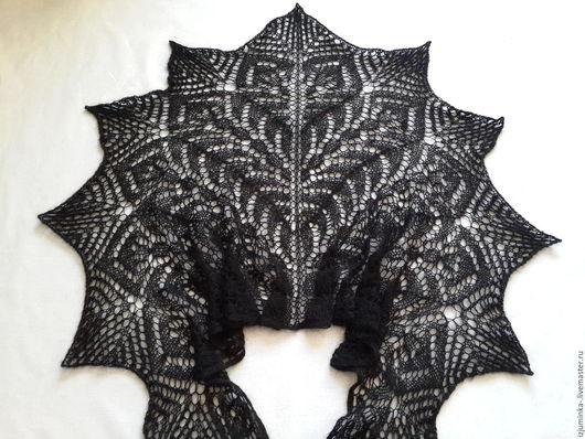 Шали, палантины ручной работы. Ярмарка Мастеров - ручная работа. Купить Ажурная шаль,вязанная спицами.. Handmade. Черный
