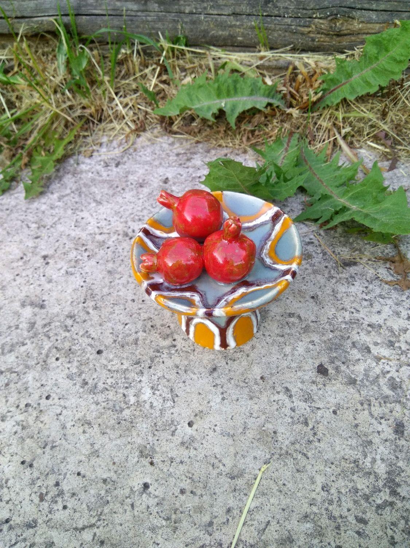 """Колокольчики ручной работы. Ярмарка Мастеров - ручная работа. Купить Колокольчик """"Натюрморт с гранатами"""". Handmade. Натюрморт, фрукты, тёмно-зелёный"""