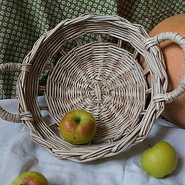 """Для дома и интерьера ручной работы. Ярмарка Мастеров - ручная работа Плетеная корзина для фруктов  """"Осень золотая"""". Handmade."""