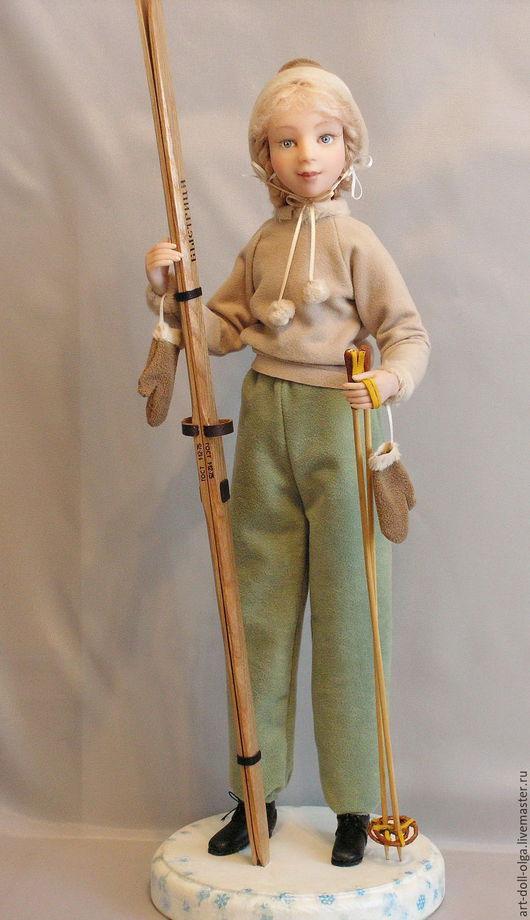 """Коллекционные куклы ручной работы. Ярмарка Мастеров - ручная работа. Купить Коллекционная кукла """"Все на лыжы! В Сокольники!"""". Handmade."""
