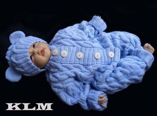 Одежда унисекс ручной работы. Ярмарка Мастеров - ручная работа. Купить Вязаный комплект для малыша - комбинезон и шапочка с ушками. Handmade.