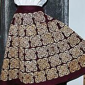 """Одежда ручной работы. Ярмарка Мастеров - ручная работа Юбка """"Кельтский орнамент"""" из вишневого льна с ручной верховой набойкой. Handmade."""