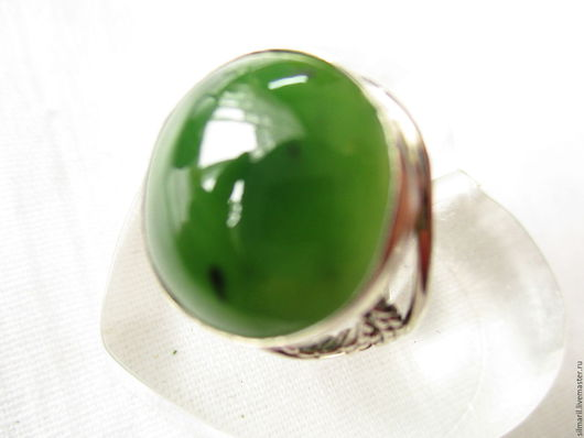 кольцо `Империал`, цена 2500 , нефрит
