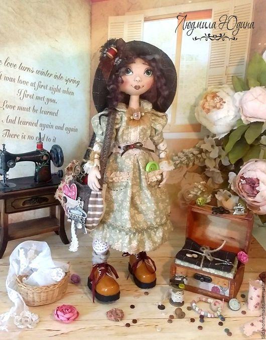 Коллекционные куклы ручной работы. Ярмарка Мастеров - ручная работа. Купить Интерьерная кукла Рукодельница. Handmade. Салатовый, кукла в мастерскую