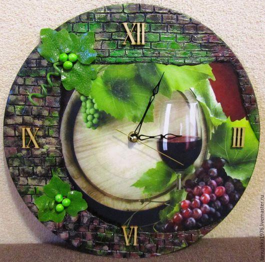 """Часы для дома ручной работы. Ярмарка Мастеров - ручная работа. Купить Часы """"Винный погребок"""" - ПРОДАНЫ. Handmade. Разноцветный, вино"""