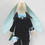 Куклы и игрушки ручной работы. Ярмарка Мастеров - ручная работа Текстильный заяц-тильда Джентльмен из хлопка Высота 30 см. Handmade.