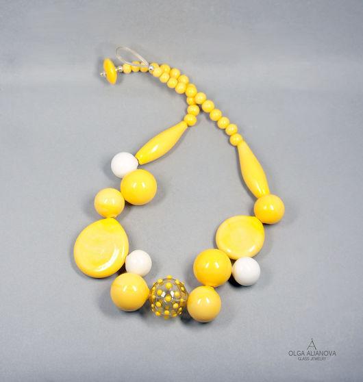 """Колье, бусы ручной работы. Ярмарка Мастеров - ручная работа. Купить Колье """"Play"""" желтое. Handmade. Желтый, легкое украшение"""