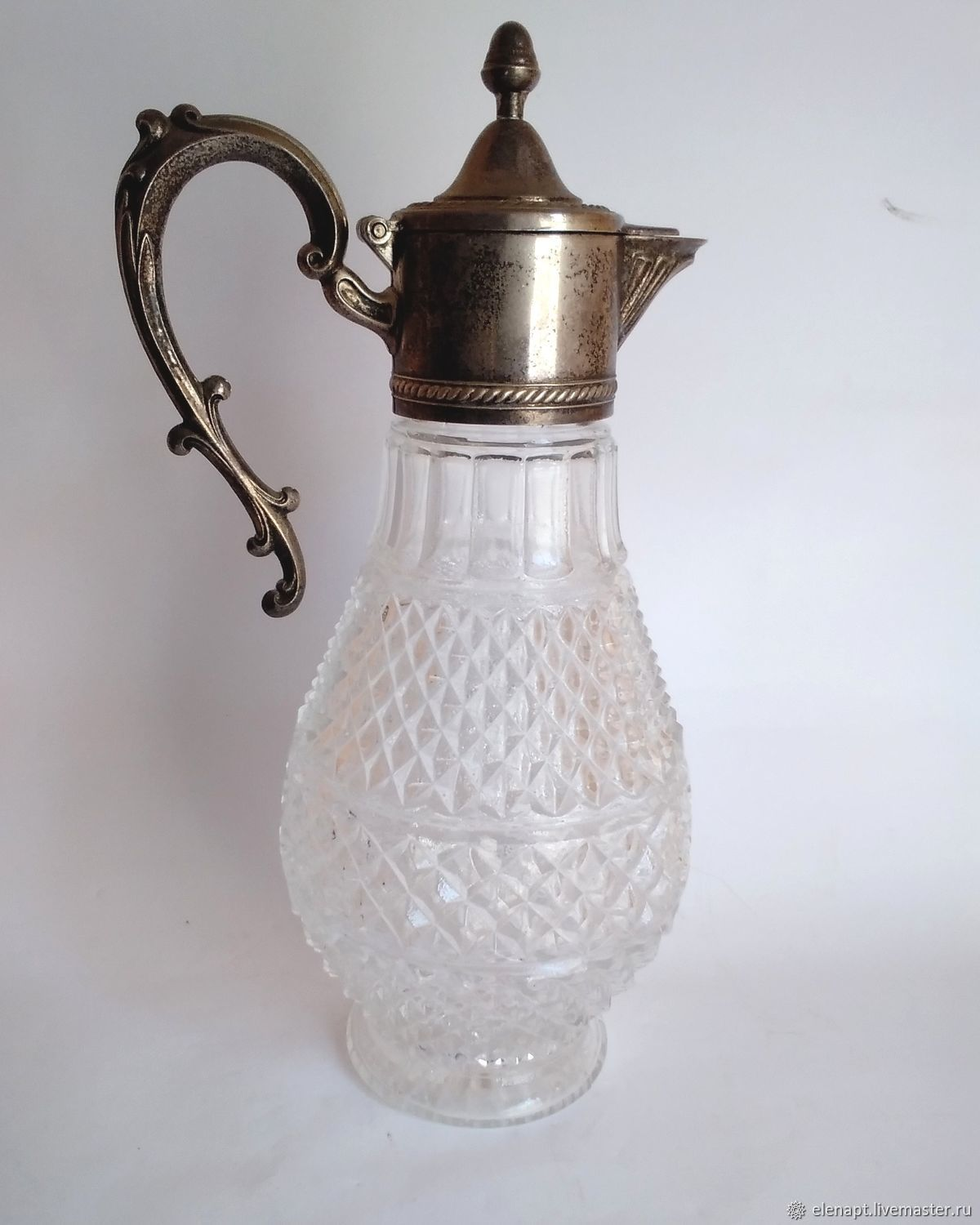 Beautiful vintage crystal Decanter for wine and drinks, Vintage kitchen utensils, ,  Фото №1
