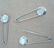 Материалы для творчества handmade. Livemaster - original item Decorative pin with a round platform of diameter 2 cm. Handmade.
