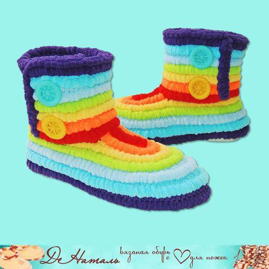 Обувь, вязаная обувь, обувь ручной работы, обувь для детей, сапожки, сапожки вязаные, домашняя обувь, сапожки для дома, домашние сапожки, обувь на заказ, ДеНаталь, радуга, плюшевые сапожки
