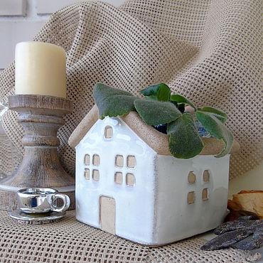 Для дома и интерьера ручной работы. Ярмарка Мастеров - ручная работа Кашпо домик керамика. Handmade.