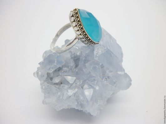 Кольца ручной работы. Ярмарка Мастеров - ручная работа. Купить Серебряное кольцо с голубым халцедоном -Французская ривьера. Handmade. Голубой