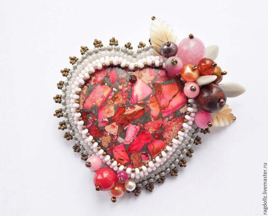 """Броши ручной работы. Ярмарка Мастеров - ручная работа. Купить Брошь """"Ягодное сердечко"""". Handmade. Розовый, валентинка, ягодный, маме"""