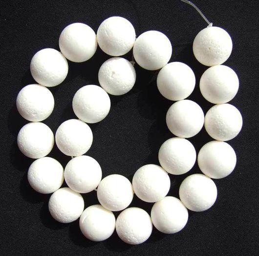 Для украшений ручной работы. Ярмарка Мастеров - ручная работа. Купить Натуральные белые кораллы. Бусины шары 16 мм. Handmade.