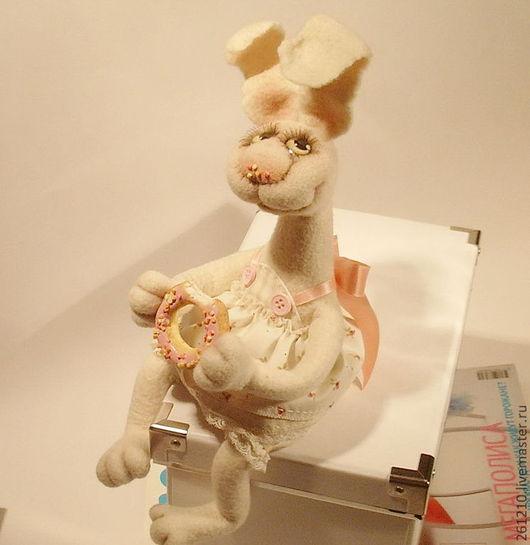 Игрушки животные, ручной работы. Ярмарка Мастеров - ручная работа. Купить Зайка Алина, авторская валяная игрушка.. Handmade.