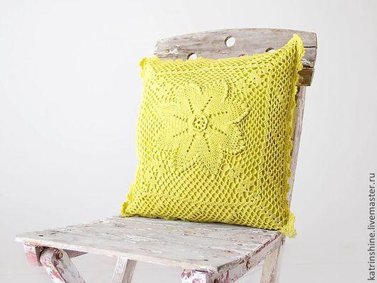 Винтажные предметы интерьера. Ярмарка Мастеров - ручная работа. Купить Винтажная вязаная крючком желтая наволочка окрашена вручную. Handmade.