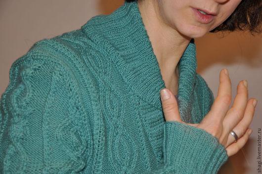 """Кофты и свитера ручной работы. Ярмарка Мастеров - ручная работа. Купить Джемпер зелёный вязаный """"Ральф"""" с воротом шалькой. Handmade."""