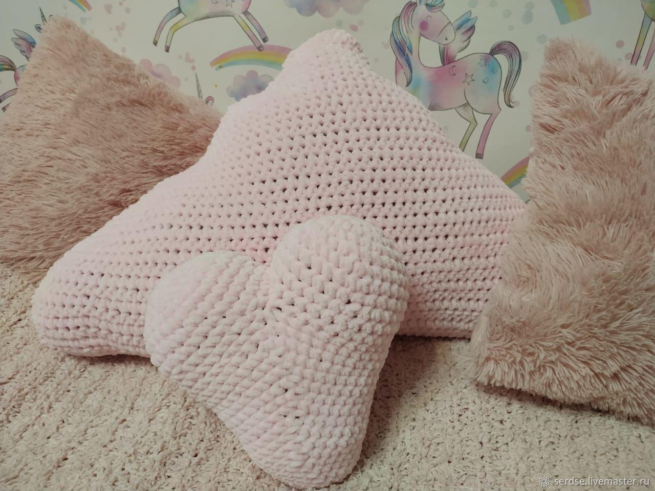 Розовое облако, Подушки, Монино,  Фото №1