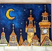 """Для дома и интерьера ручной работы. Ярмарка Мастеров - ручная работа Ключница """"Ночные крыши"""". Handmade."""