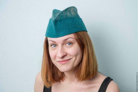 Шляпы ручной работы. Ярмарка Мастеров - ручная работа. Купить Ирландская пилотка. Handmade. Тёмно-зелёный, пилотка, золотой цвет