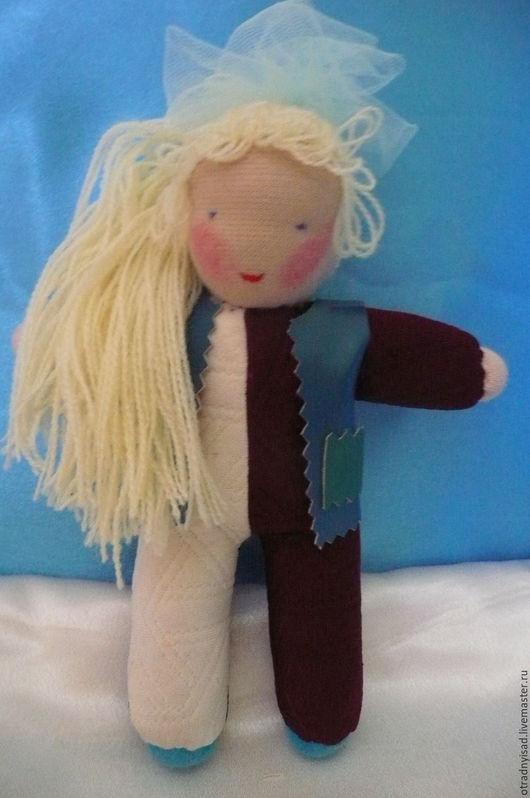 Вальдорфская игрушка ручной работы. Ярмарка Мастеров - ручная работа. Купить Кукла в комбинезоне Оля. Handmade. Вальдорфская кукла, трикотаж