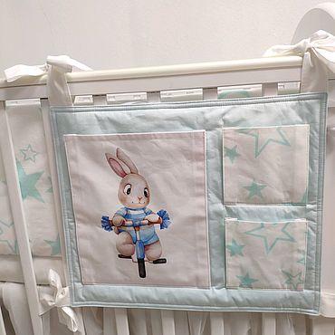 Текстиль ручной работы. Ярмарка Мастеров - ручная работа Органайзер (кармашки) на кроватку. Handmade.