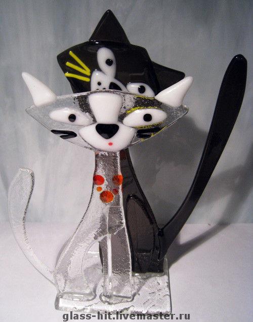 Кошка с Котом-салфетница. Стекло. Фьюзинг. Моно использовать как визитницу.