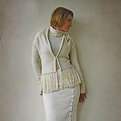 Одежда ручной работы. Ярмарка Мастеров - ручная работа Вязаный жилет с бахромой. Handmade.