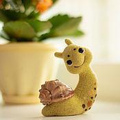 Куклы и игрушки handmade. Livemaster - original item Felted toy snail. Handmade.