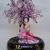 """Цветы и флористика ручной работы. Ярмарка Мастеров - ручная работа Бисерное дерево """"Японка под сакурой"""". Handmade."""