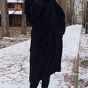 Пальто зимнее из шерсти производство Италия с добавлением ламы.