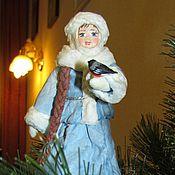 Куклы и игрушки ручной работы. Ярмарка Мастеров - ручная работа Снегурочка 2 -ватная игрушка на ёлку в подарочной шкатулке. Handmade.