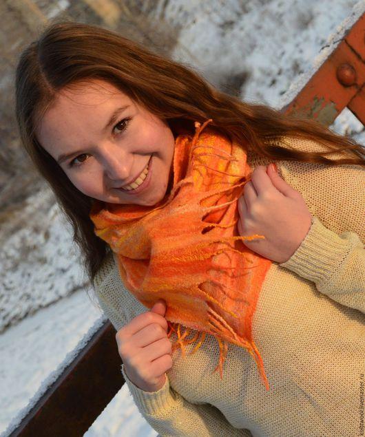 Шарфы и шарфики ручной работы. Ярмарка Мастеров - ручная работа. Купить Шарф паутинка Апельсинка. Handmade. Абстрактный, валяный шарфик