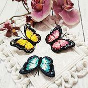 """Брошь-булавка ручной работы. Ярмарка Мастеров - ручная работа Брошь """"Бабочка""""  розовый вышивка. Handmade."""