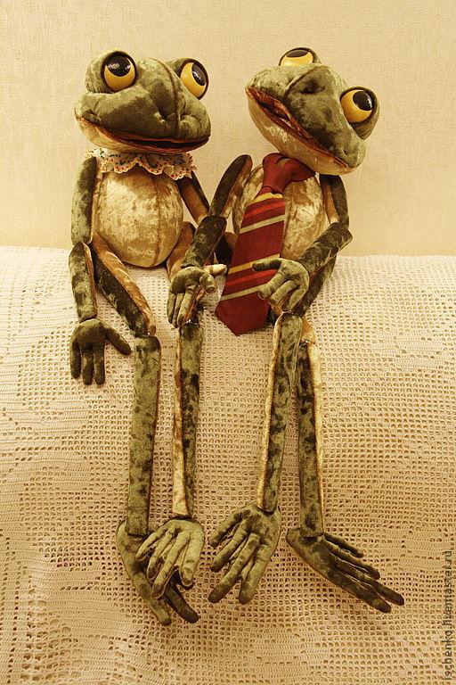 Коллекционные куклы ручной работы. Ярмарка Мастеров - ручная работа. Купить Лягушки Кевин и Кванес. Handmade. Оливковый, лягушка, шитьё