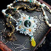 """Свадебный салон ручной работы. Ярмарка Мастеров - ручная работа Кулон """"Изумрудная звезда"""", кристаллы Swarovski, японский бисер.. Handmade."""