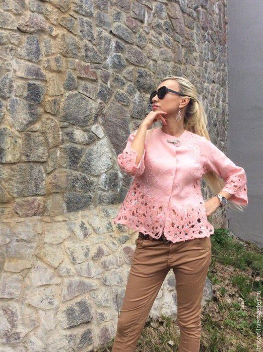 """Пиджаки, жакеты ручной работы. Ярмарка Мастеров - ручная работа. Купить Жакет """"Нежность"""". Handmade. Розовый, кружево"""