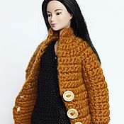 Куклы и игрушки ручной работы. Ярмарка Мастеров - ручная работа Вязаное пальто для куклы Барби. Handmade.