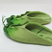 """Обувь ручной работы. Ярмарка Мастеров - ручная работа """"Сладкий горошек"""", войлочные домашние тапочки. Handmade."""