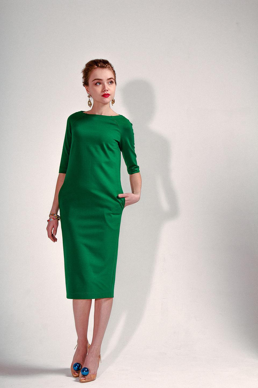 Трикотажные платья от дизайнеров