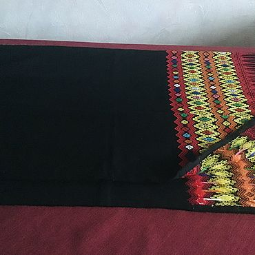 Винтаж ручной работы. Ярмарка Мастеров - ручная работа Шерстяная шаль с тканным орнаментом. Handmade.