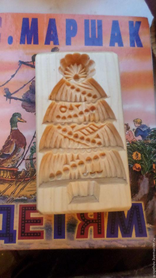 """Кухня ручной работы. Ярмарка Мастеров - ручная работа. Купить Пряничная доска """"Новогодняя елочка"""". Форма для пряника. Handmade."""