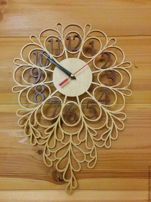 """Часы для дома ручной работы. Ярмарка Мастеров - ручная работа. Купить Часы настенные """"Листочки"""". Handmade. Часы настенные"""