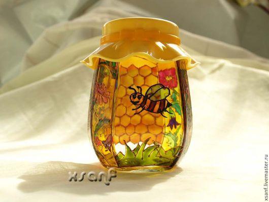 """Кухня ручной работы. Ярмарка Мастеров - ручная работа. Купить Баночка """"Пчелка"""".. Handmade. Баночка, кухня, желтый, подарок на новоселье"""