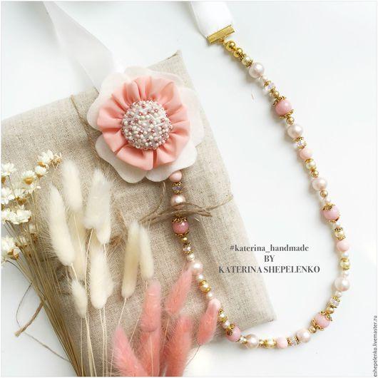 Колье, бусы ручной работы. Ярмарка Мастеров - ручная работа. Купить Колье из натуральных камней агатов, майолики с фетровым цветком. Handmade.