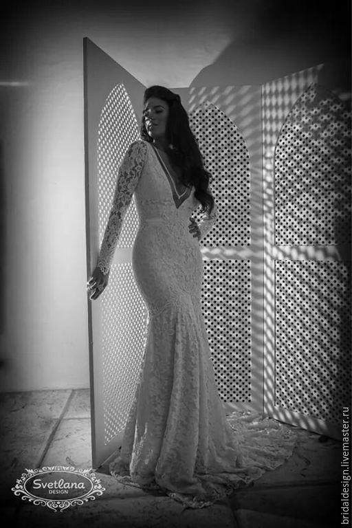 Одежда и аксессуары ручной работы. Ярмарка Мастеров - ручная работа. Купить Adele,свадебное платье из тонкого гипюра украшенное жемчугом. Handmade.
