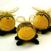 """Куклы и игрушки ручной работы. Ярмарка Мастеров - ручная работа Вязаные шмели """"Семейка"""" (Вязаные игрушки насекомые ). Handmade."""