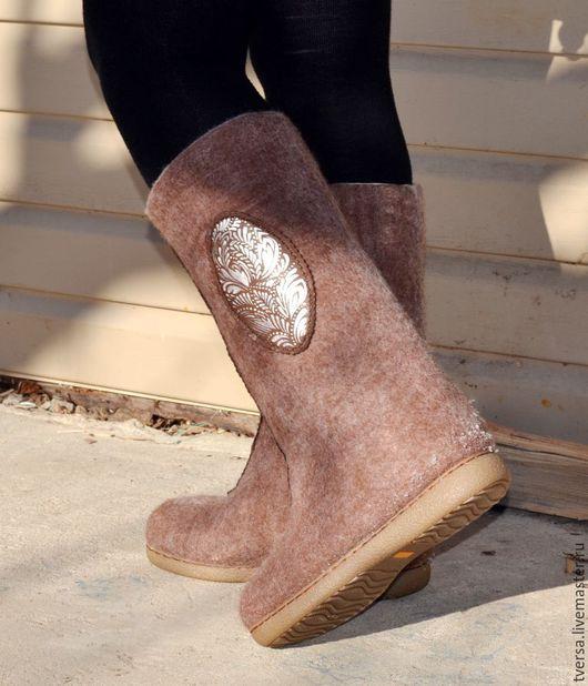 Обувь ручной работы. Ярмарка Мастеров - ручная работа. Купить Валенки ручной работы для улицы на подошве Морозные узоры 2. Handmade.