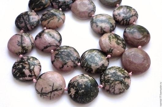 Родонит натуральный,глянцевые плоские бусины в форме таблетки 20х20х5,5-6 мм,качество поделочное.