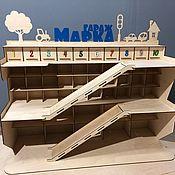 Техника, роботы, транспорт ручной работы. Ярмарка Мастеров - ручная работа Парковка-гараж 60х90х35 60х90х35 «Гигант» для машинок. Handmade.